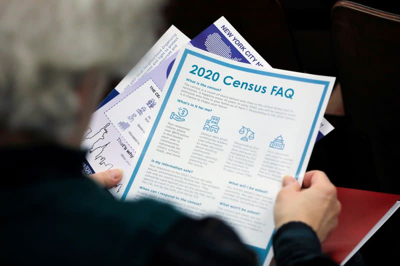 U.S. judge temporarily halts plan to wind down census