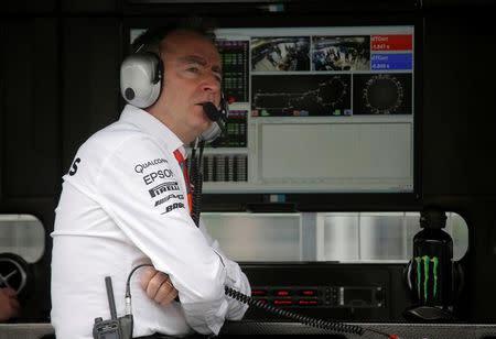 Novo diretor técnico da Williams, Paddy Lowe, durante sessão de treinos para o Grande Prêmio do Azerbaijão