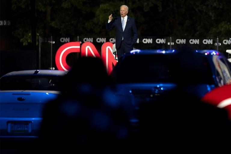 White House candidate Joe Biden spoke face to face with a crowd of voters on September 17, 2020 for one of the first times since he clinched the Democratic presidential nomination in June