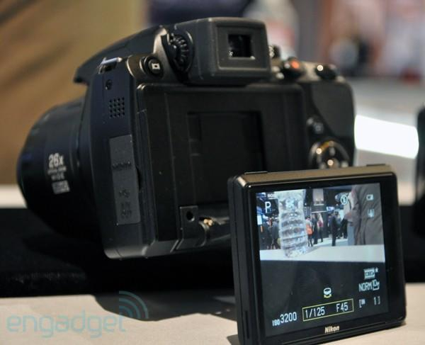 Nikon CoolPix P100 (and its articulating display) hands-on