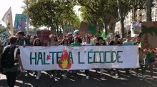 Thousands of Lyon residents march for action on climate change
