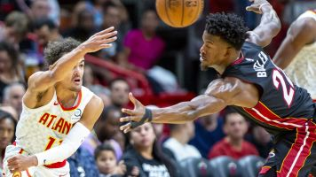 Trae Young calls game a bit prematurely in Miami