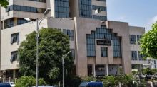 Algérie: peine de 1 an et 3 ans de prison contre deux militants du mouvement Hirak