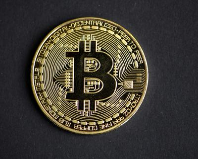 Experts: Here's what you should consider if you want to get into bitcoin now
