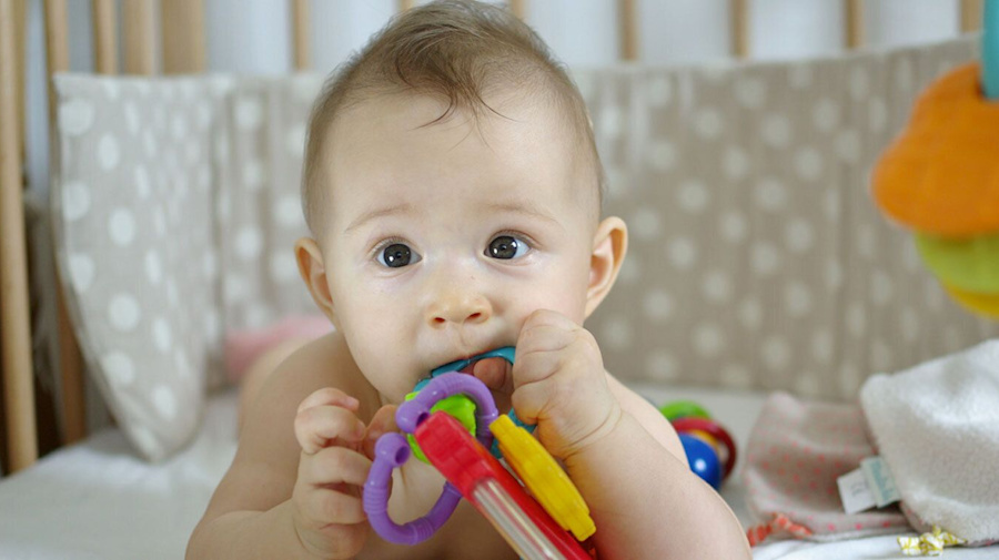 Popular teething gel to be discontinued after warning