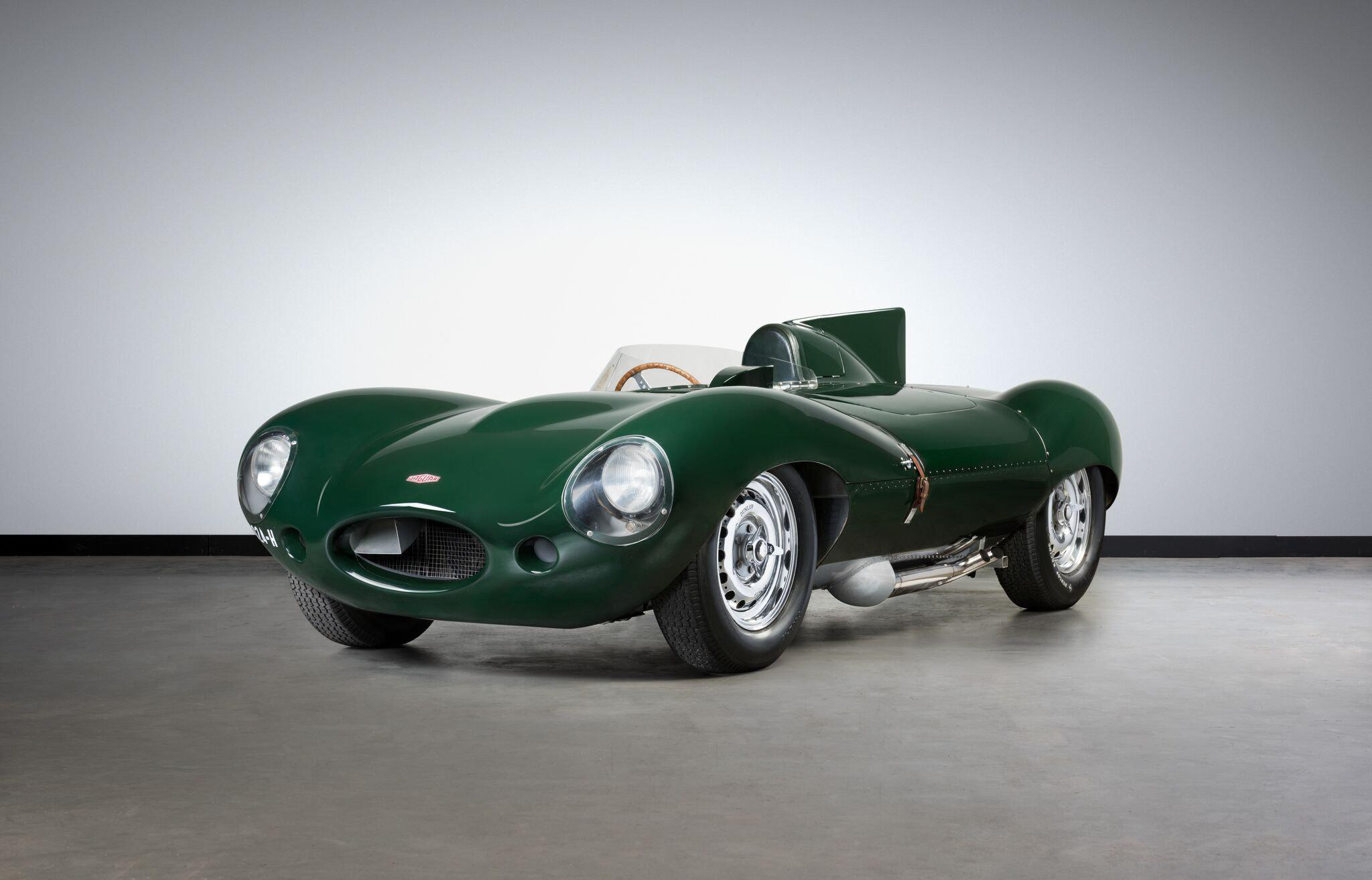 jaguar d type set to reach 4 7 million at auction. Black Bedroom Furniture Sets. Home Design Ideas
