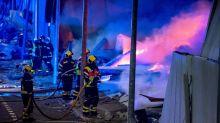 Extinguido el incendio de Seseña que destruyó cuatro naves industriales