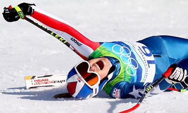 Lindsey Vonn screams after completing the Alpine Skiing Ladies Downhill