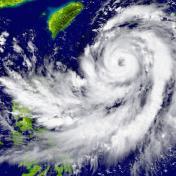 【颱風季報到!】居家7大防颱準備重點