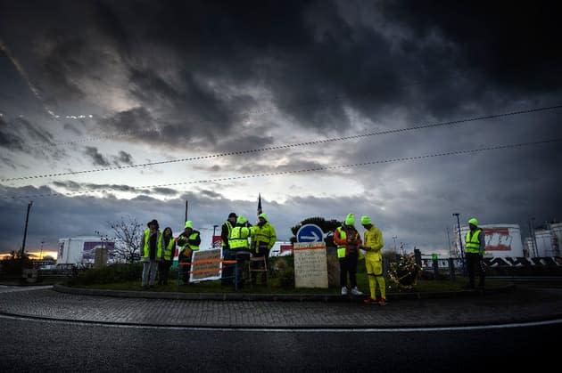 Face à la flambée des prix du carburant, la crainte d'un retour des Gilets jaunes