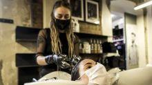 COVID-19   Las precauciones que debes tener en cuenta antes de ir a la peluquería