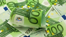EUR/USD Price Forecast – Euro Reaching Towards Major Support