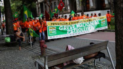 Após 20 dias, acaba a greve dos petroleiros