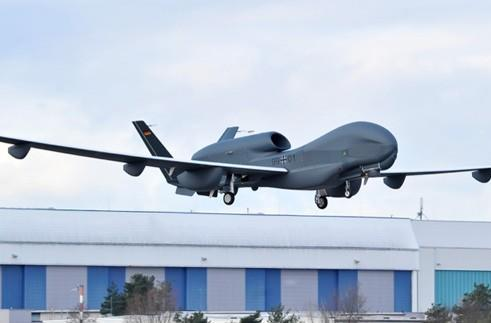 Northrop Grumman, Cassidian run Euro Hawk UAV through its first full test flight (video)
