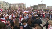 Minsk: Zehntausende Menschen demonstrieren erneut gegen Lukaschenko