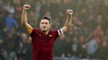 """Da Claudio Pizarro a Francesco Totti: le 10 doppiette """"più anziane"""" dal 2000 ad oggi"""