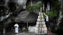 """Privé de fidèles à cause du Covid-19, le Sanctuaire de Lourdes organise un """"e-pèlerinage mondial"""""""