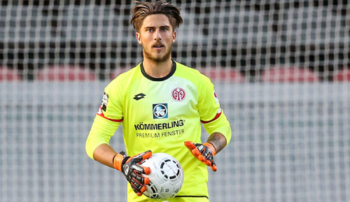 Bundesliga: Mainz-Coach Schmidt: Huth bleibt im Tor