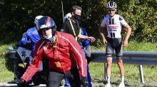 Benoot escapes with minor injuries after 60kph Tour de France crash