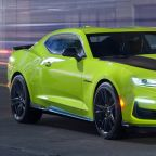 2019 Chevy Camaro shows off new color, new SS nose at SEMA