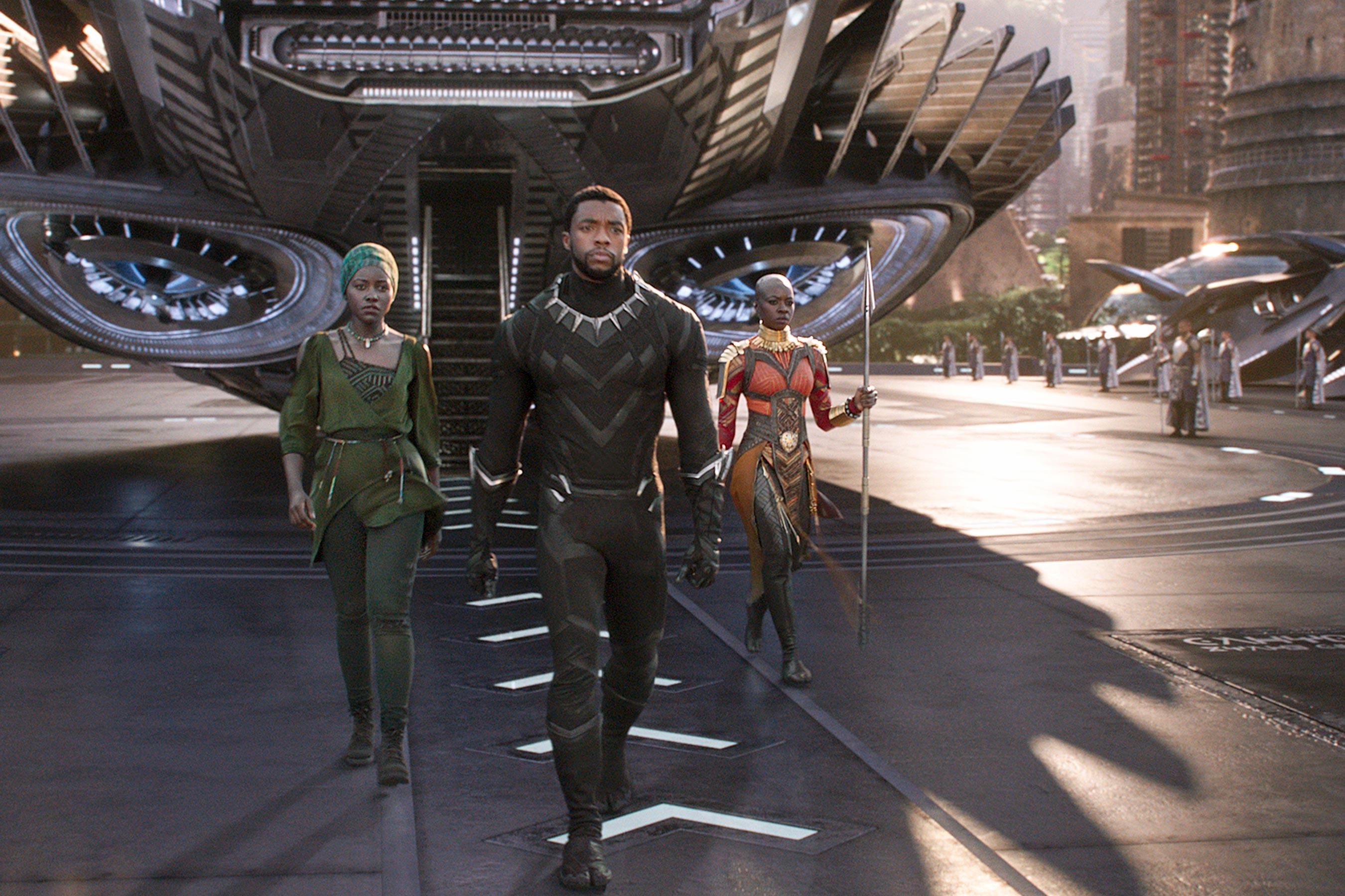 Outrage Over Chinese Poster For Black Panther Isn T All It Seems
