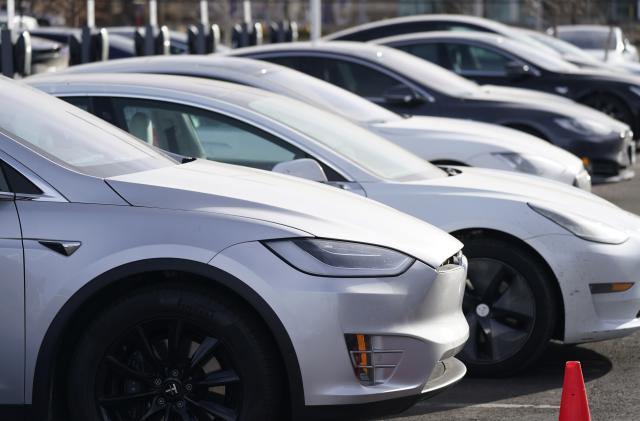 Tesla will reportedly start selling the Model 3 in India next year