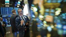 Wall Street recule, lestée par des résultats d'entreprises mitigés