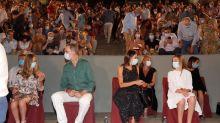 Los reyes y sus hijas visitan el Museo de Arte Romano de Mérida