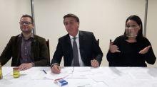Bolsonaro anuncia revogação de instrução da PF que limitava acesso a armas de fogo