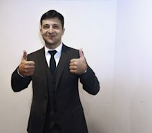 Ukrainian TV Comic Scores Landslide Win to Clinch Presidency