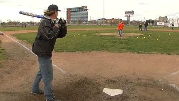 Detroit Tigers fans play on old field