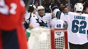 Wild goal epitomizes insane Caps-Sharks game