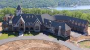 Hamels donates Missouri mansion to camp for kids