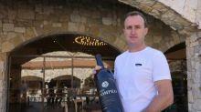 """En Cisjordanie, un colon fier de son vin """"Pompeo"""" conçu """"légalement"""""""