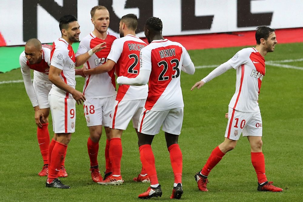 Monaco facile, le PSG casanier, Nice crescendo: le calendrier de la course au titre