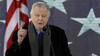 Jon Voight: Trump 'greatest president' since Lincoln
