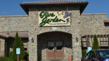 Olive Garden Parent Boosts Profit Outlook, But Q2 Comps Miss