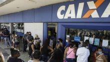 Auxílio emergencial: Bolsonaro trabalha com duas alternativas para novo valor do benefício