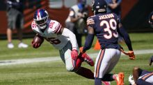 Giants star RB Saquon Barkley goes down with knee injury, ruled out for game