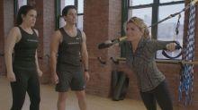 Watch Shania Twain Sing During 'Broad City' Gym Sex Scene