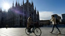Italy reports 310 coronavirus deaths on Saturday, 15,370 new cases