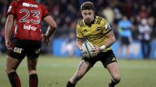 All Black Barrett stays in NZ; joins Blues