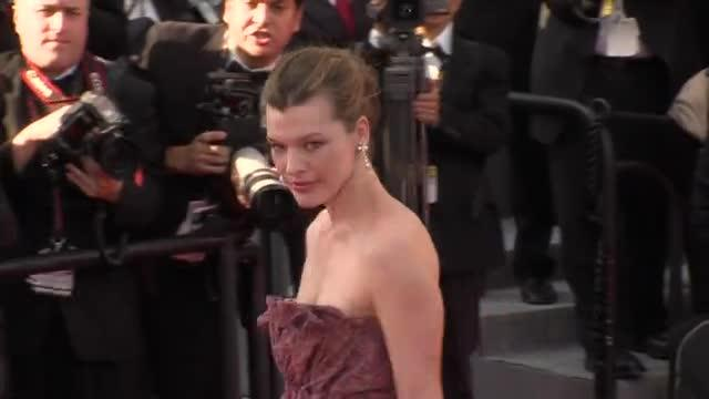 In The Style Of (199) Milla Jovovich