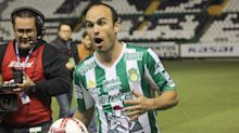 Un-retiring for a third time and signing in Mexico is just so Landon Donovan