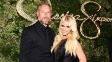 Jessica Simpson Puts Husband Eric Johnson's Abs on Display in Her Latest Bikini Closet Selfie