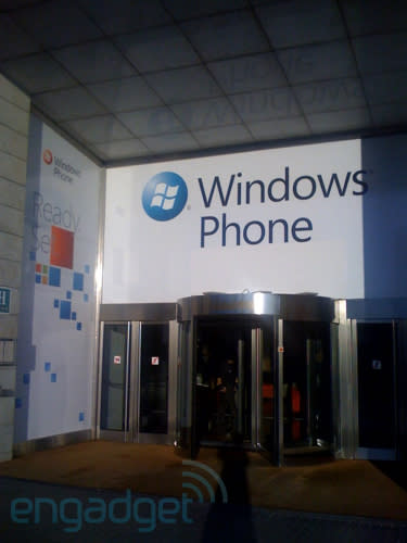 Microsoft's MWC digs come together, 'Ready, Set' is the theme (and Steve Ballmer's hosting)