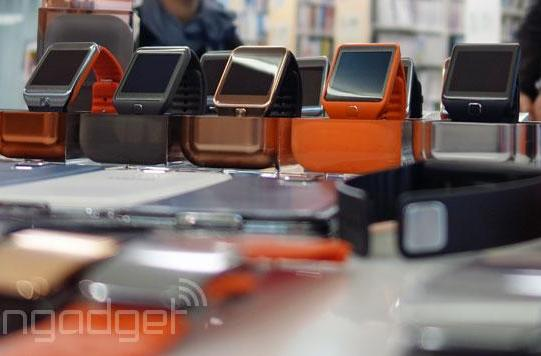 Samsung Galaxy Gear update switches it from Android to Tizen