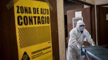 México suma otros 292 decesos por COVID; 6 estados tienen tres semanas con casos a la baja, dice Salud