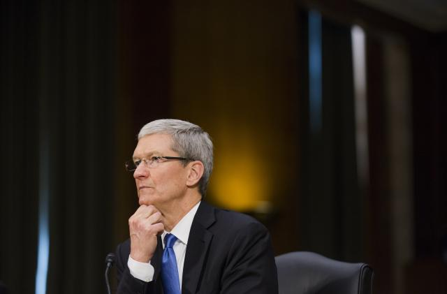Senators criticize Apple's refusal to testify in hearing on app store rules