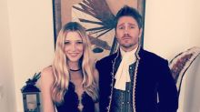 Chad Michael Murray brings Cinderella to wife's prom